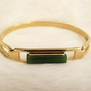 1978 Avon Treasured Jade Bracelet 1574